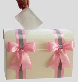 Roze en zilver grijs versierde witte enveloppendoos