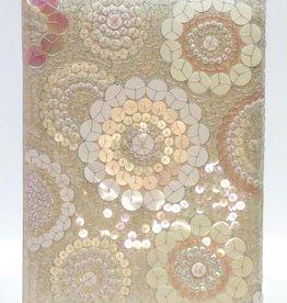 Mooie gastenboek versiert met pailletten