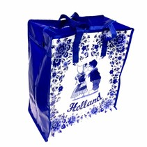 Shopper bag kissing pair