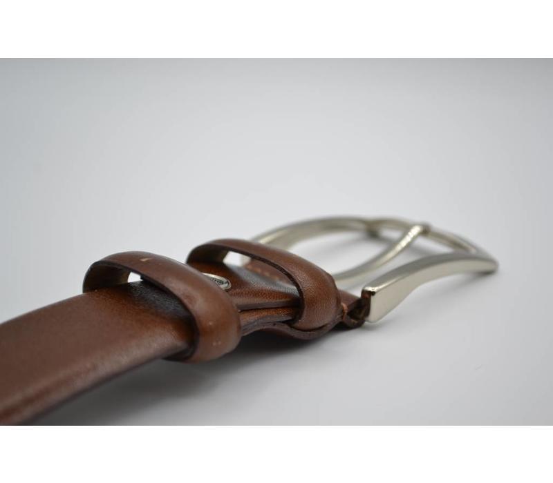 34mm brede riem van italiaans leder. gemakkelijk aanpasbare maat d.m.v. schroefje.