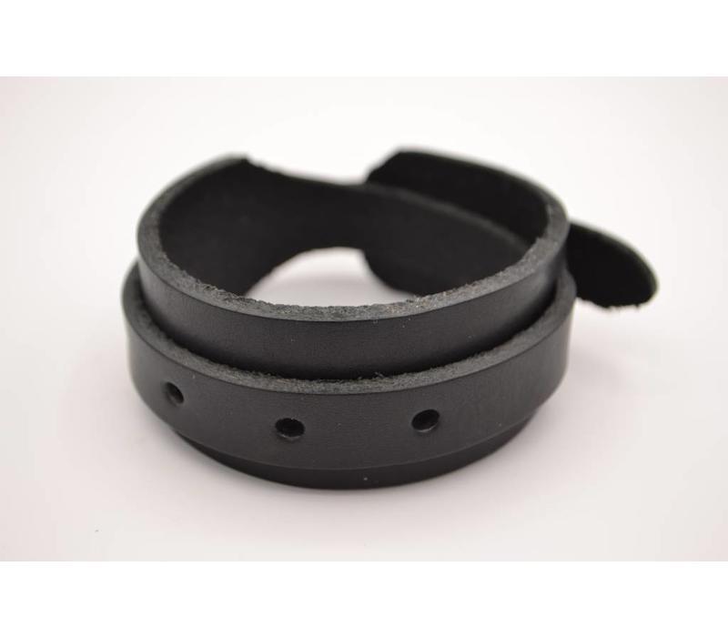 Stoere en stijlvolle armband van 3cm breed is een accessoire dat echt iets toevoegt aan u outfit