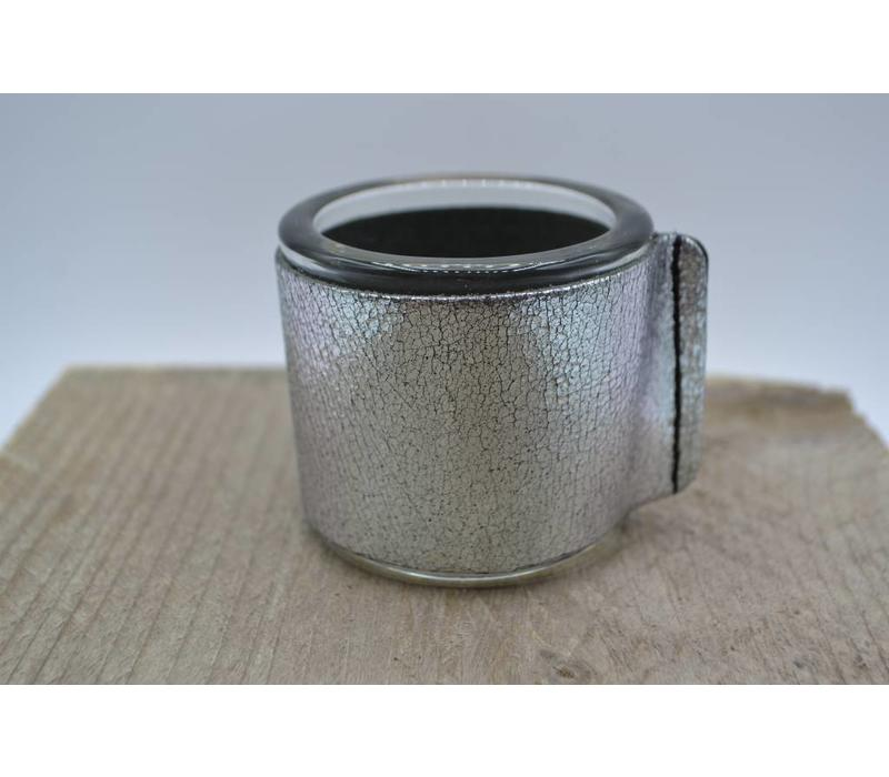 Kaarsenhouder voor theelicht. Glas en grof zilver leer