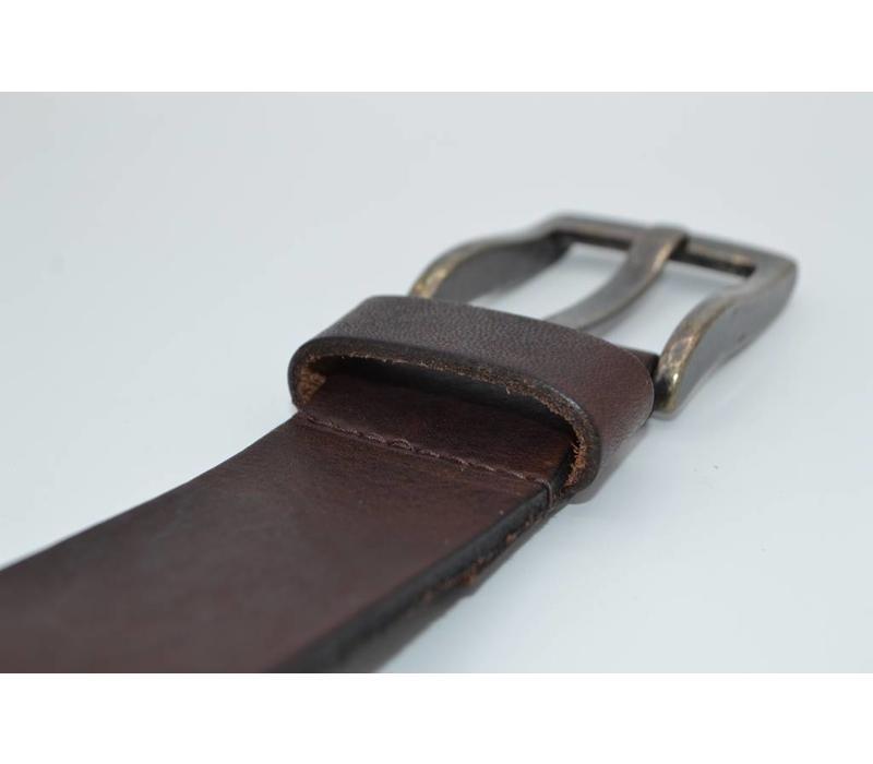 Bruine riem van Italiaanse topkwaliteit en gave details