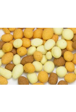 Cacahuetes recubiertos de masa mezclada