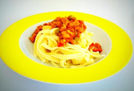 Vegane Spätzle mit Tomatensauce