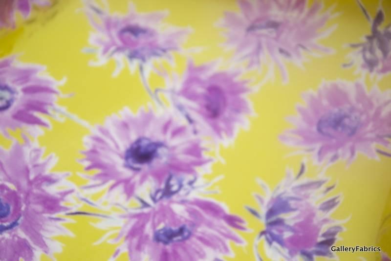 MOOILOOP MOOILOOP - Organza Zijde Paarse bloemen op geel