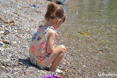 Een Twinning project voor op vakantie: de Amelia Dress en het gratis patroon Knot Bow Romper.