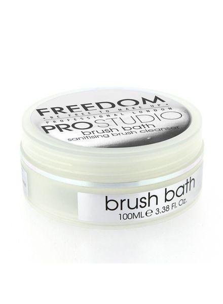 Freedom Makeup London Freedom Professional Studio Solid Brush Bath antibacterial
