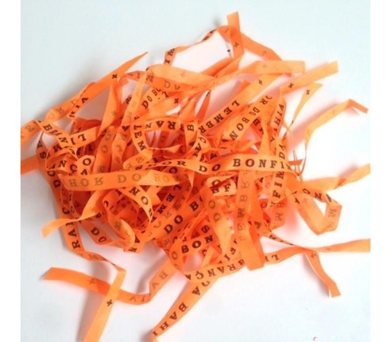 Set van 24 Bonfim gelukslintjes oranje