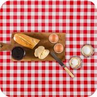 Mexicaans tafelzeil 2m bij 1.20m, grote Ruit rood