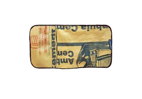 Used2b Used2b Verzorgingsmatje Ambuja - Upycled Cement - Beige