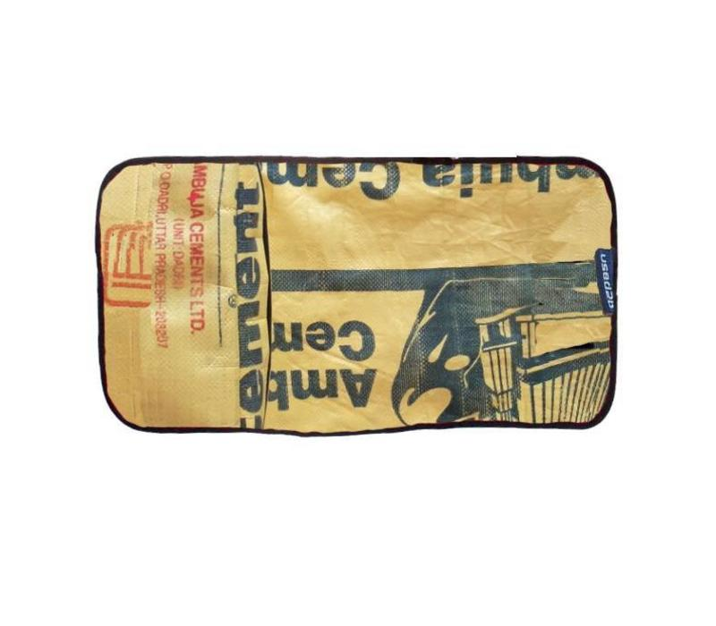 Used2b Verzorgingsmatje Ambuja - Upcycled Cement - Beige