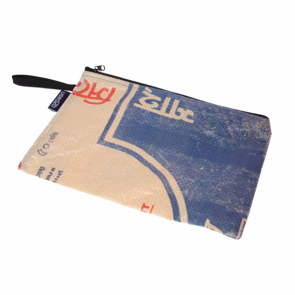 Used2b Plat etui XL upcycled Shah Cement blauw