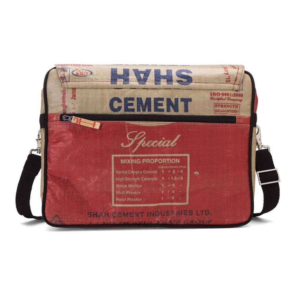 Used2b Messenger L cement bags Shah red