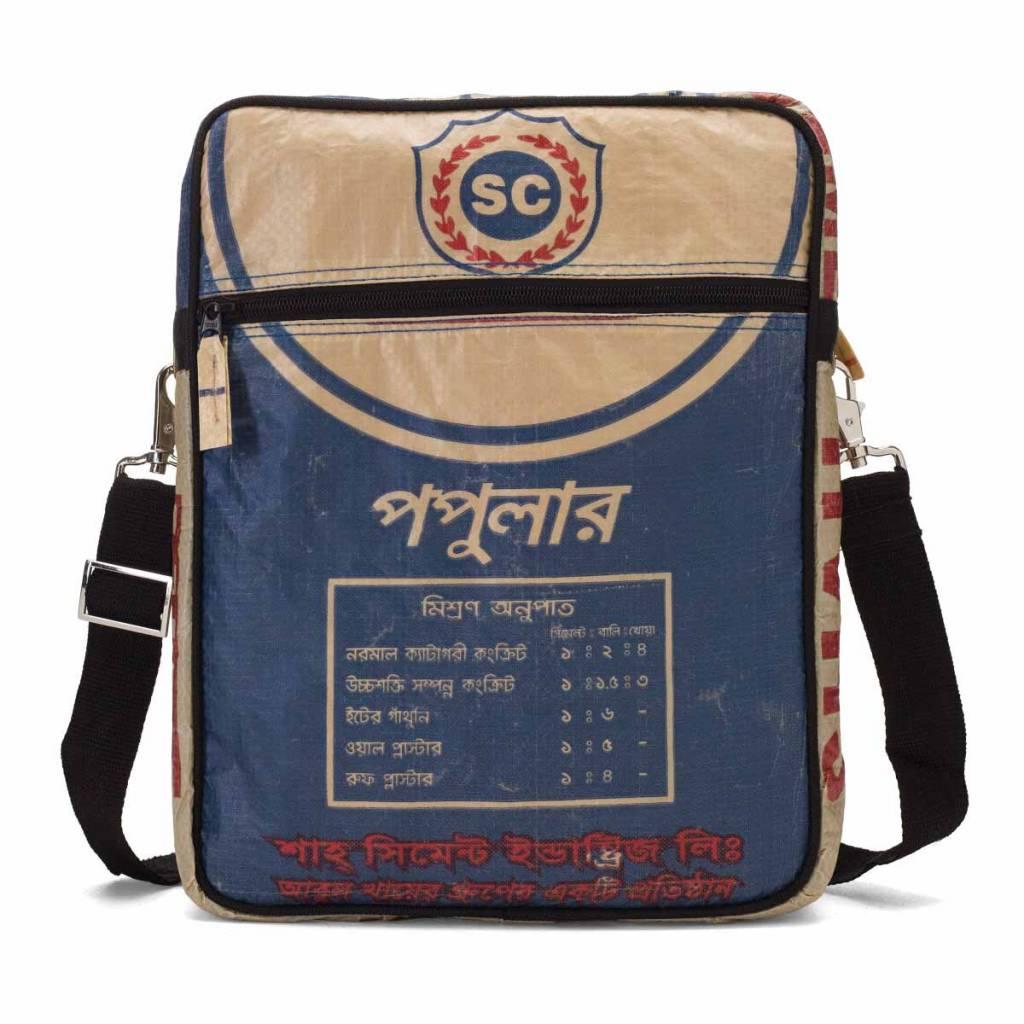 Used2b Stoere Messenger upcycled cementzakken blauw