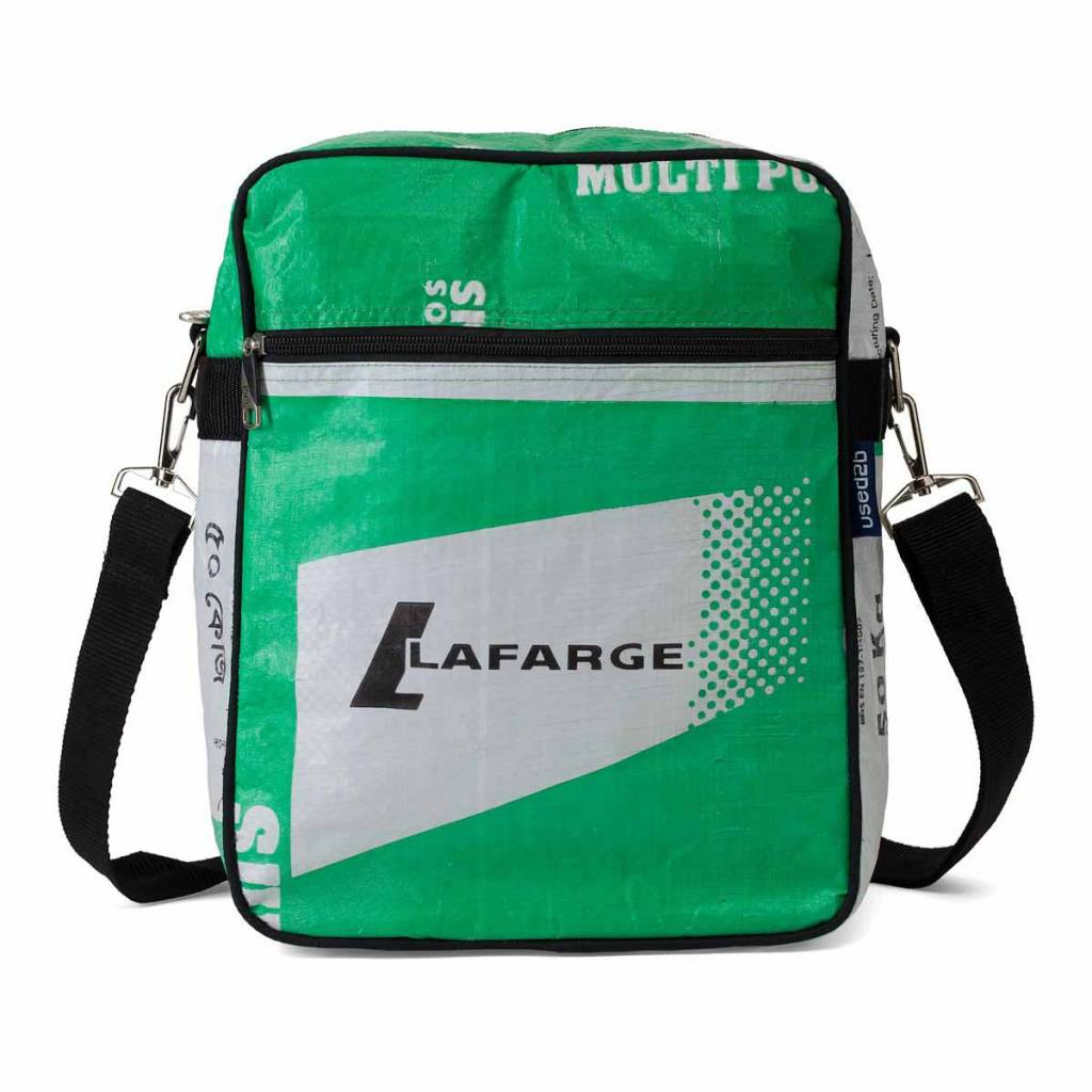 Used2b Messenger cement bags Lafarge