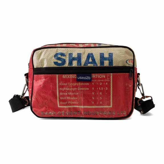 Used2b Post it cement bags Shah red