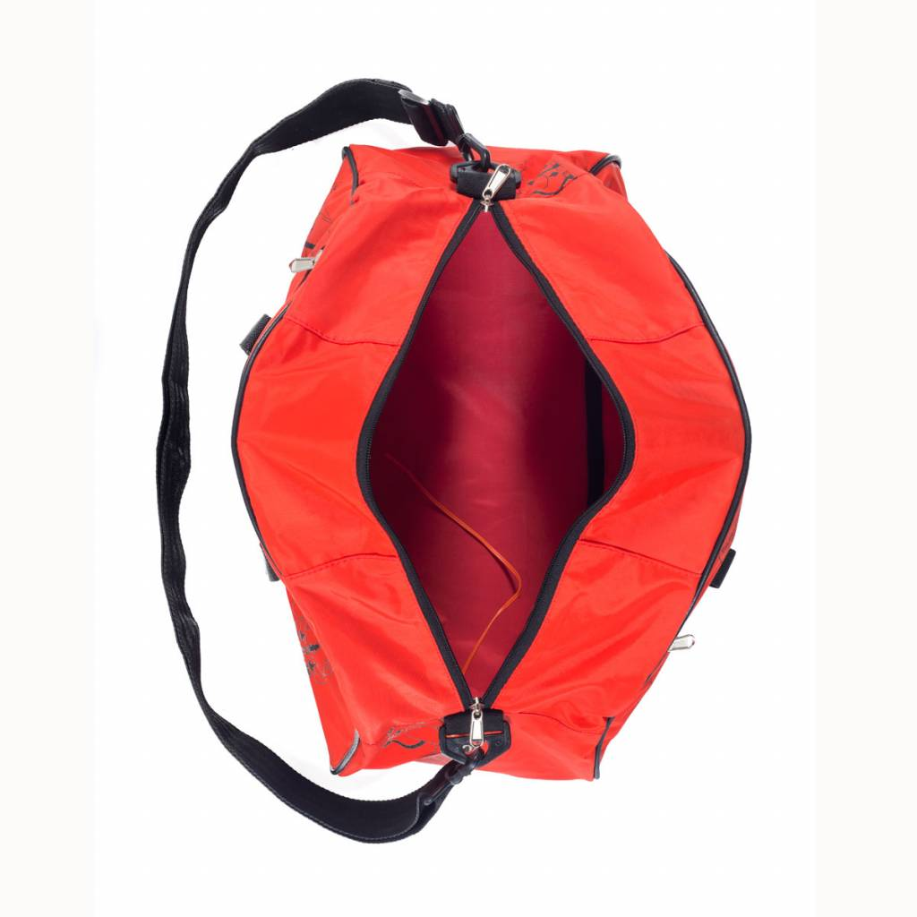 Used2b Gym upcycled life jackets red