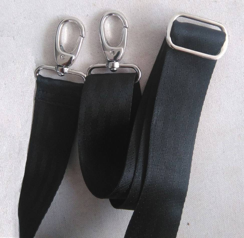 Used2b Shoulder strap recycled seat belts extendable & adjustable