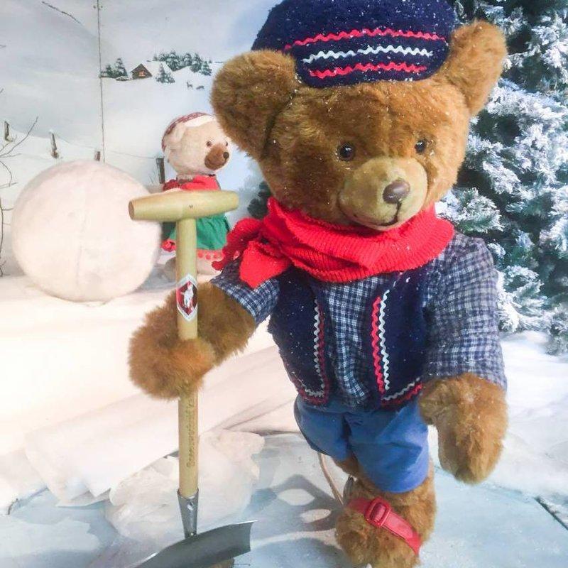 Children's  Snow Shovel small