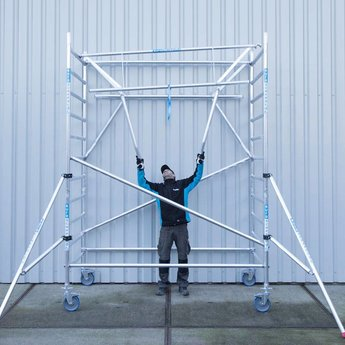 Euroscaffold Rolsteiger 135 x 305 x 8,2 m Carbon decks incl enkele voorloopleuning