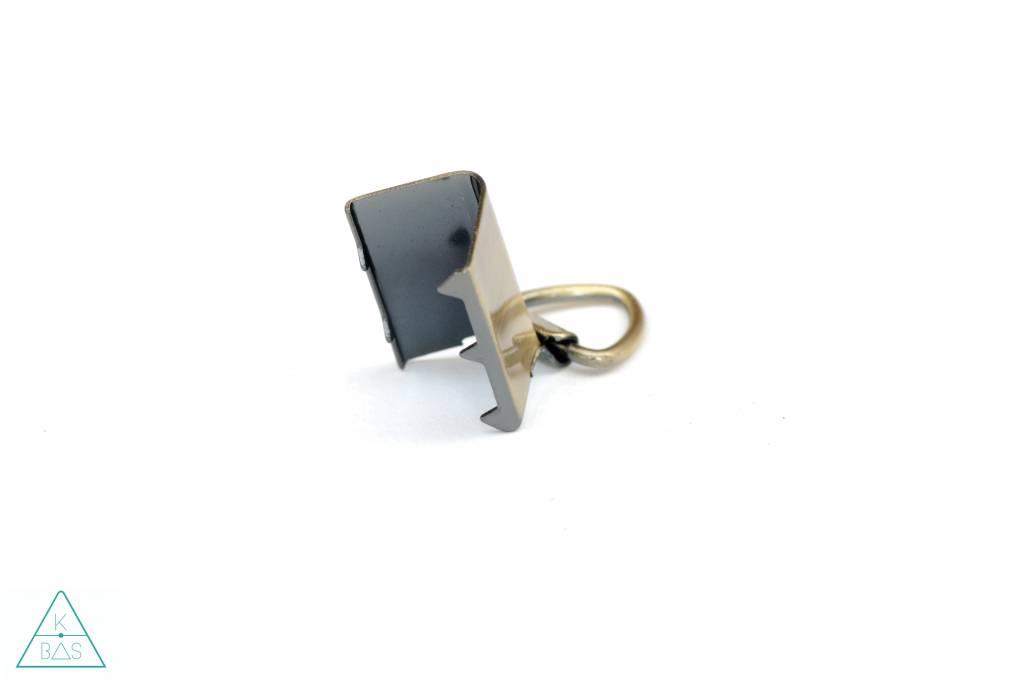 k-bas Tasklem met D-ring Brons