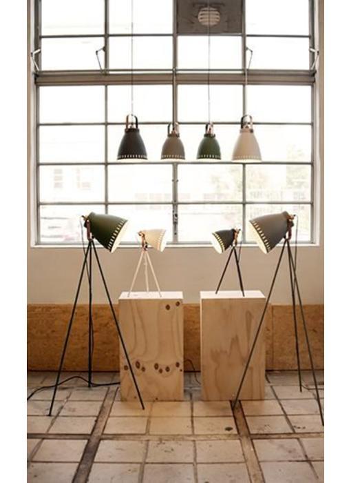 Tripod Floor Lamp 'Mingle'