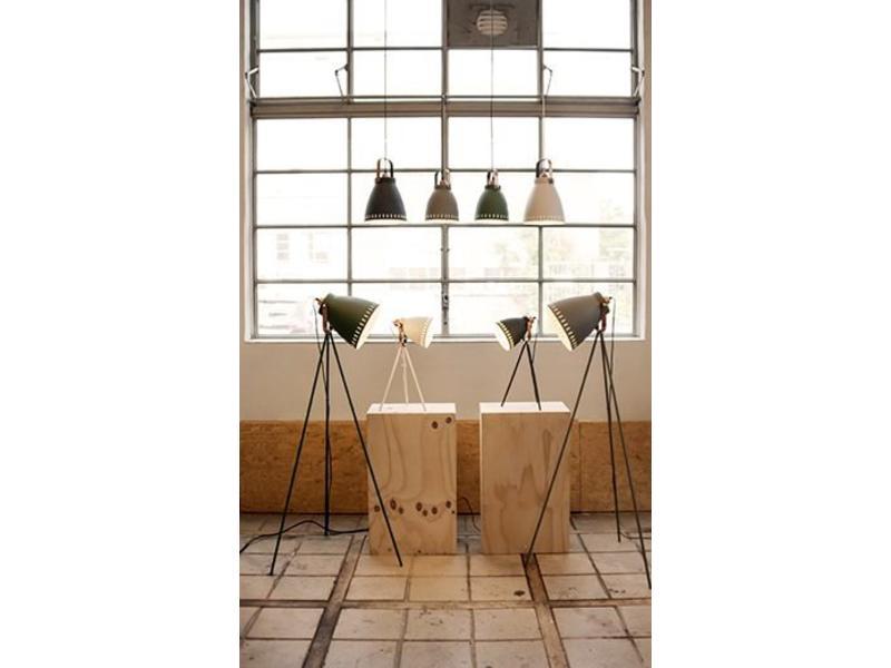 Leitmotiv Tripod Floor Lamp 'Mingle'