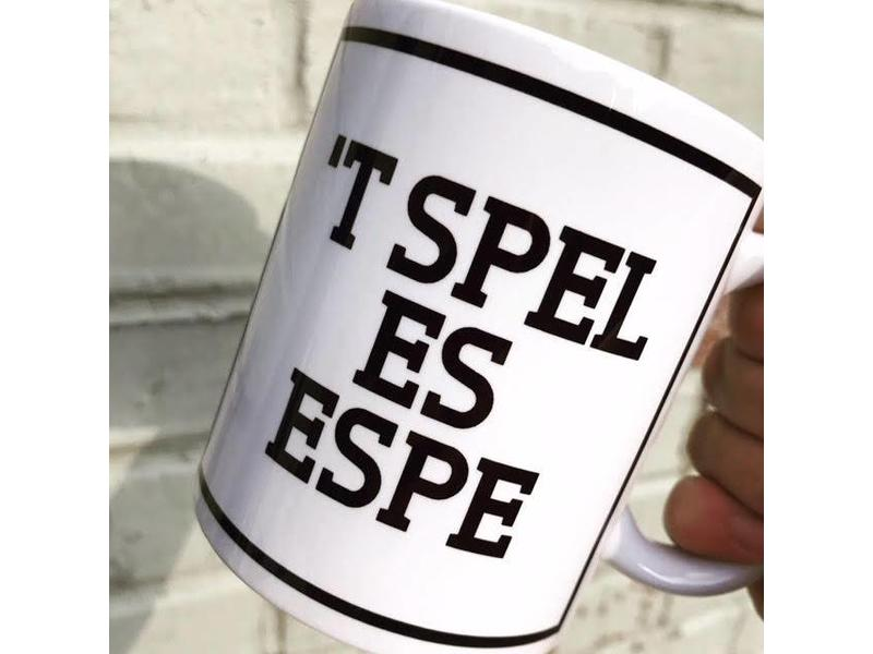 Urban Merch Mug 't Spel Es Espe