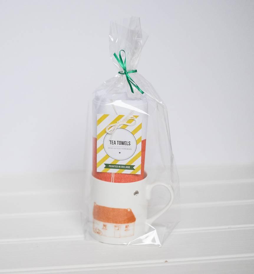 Irish Thatched Cottage Gift Set