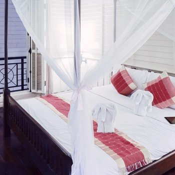 AtHome Bed 2