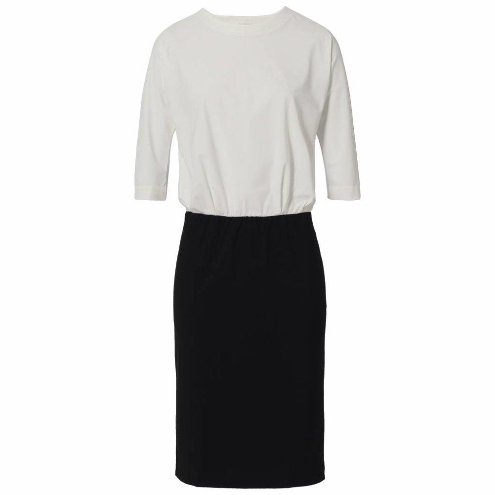 Elegante kreukvrije colourblock jurk