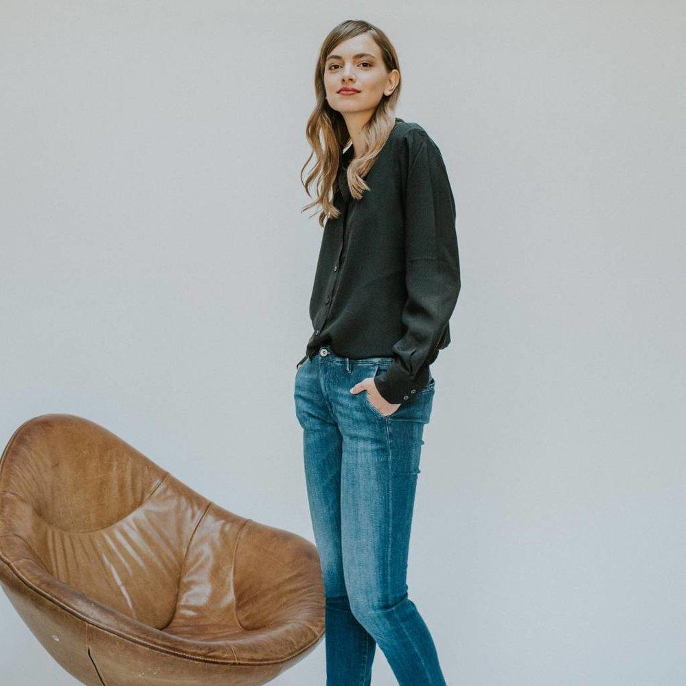 Pure luxe en vrouw-zijn: 100% zijden blouse