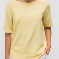 femque vrouwen geel
