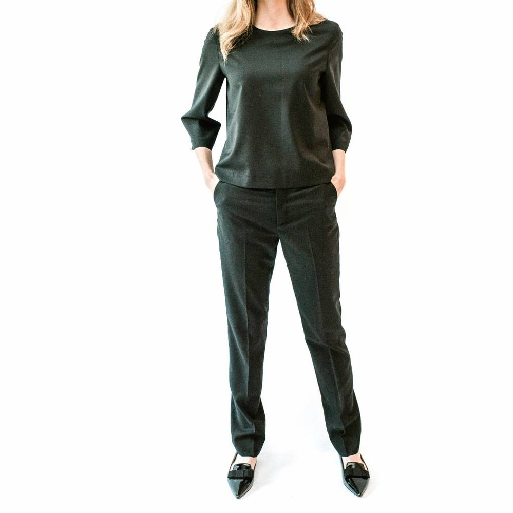 Straight Fit Basic pants in Cool Wool Stretch