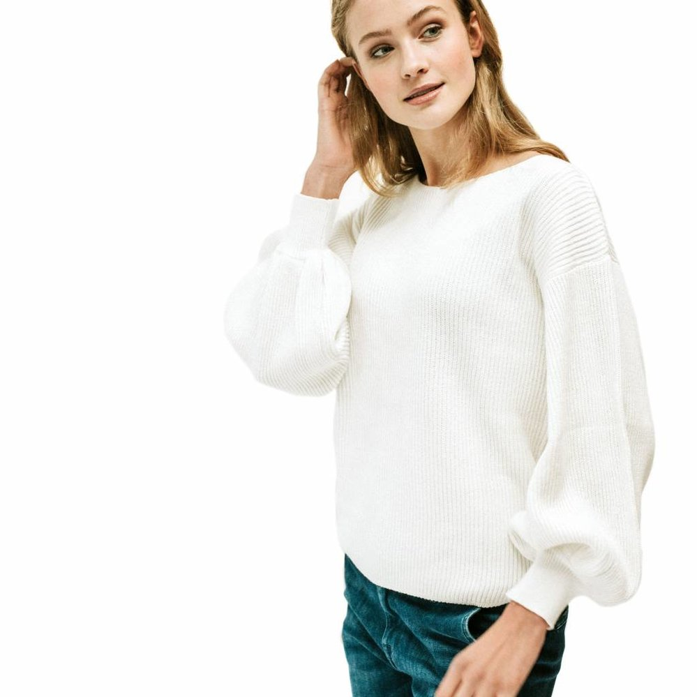 Musthave ballon sleeve pullover in rib