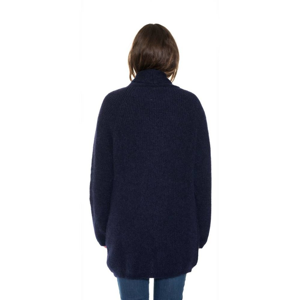 Awesome light weighted car-coat cardigan to wear 365 days a year