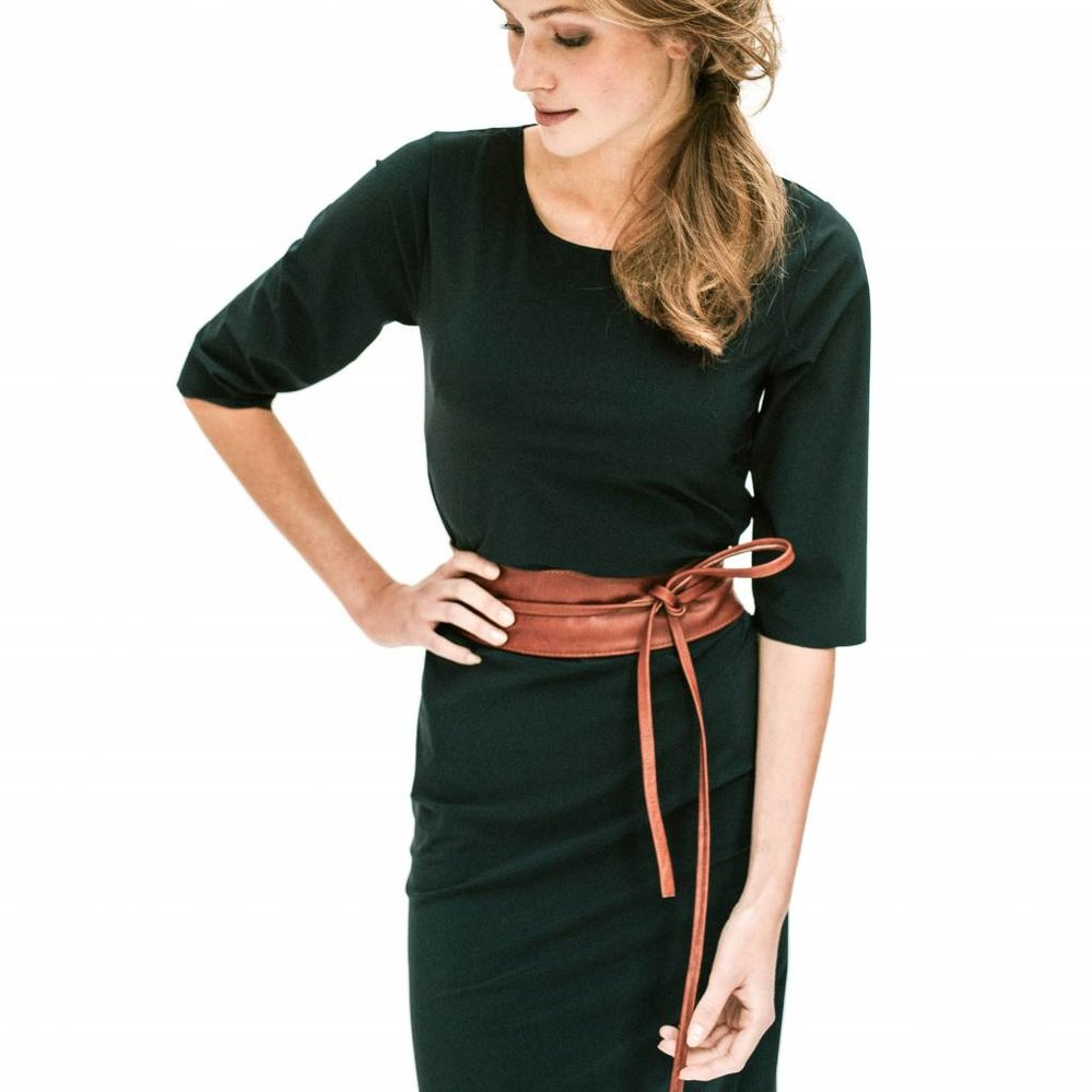 The perfect  3- way to wear dress in travel fabric