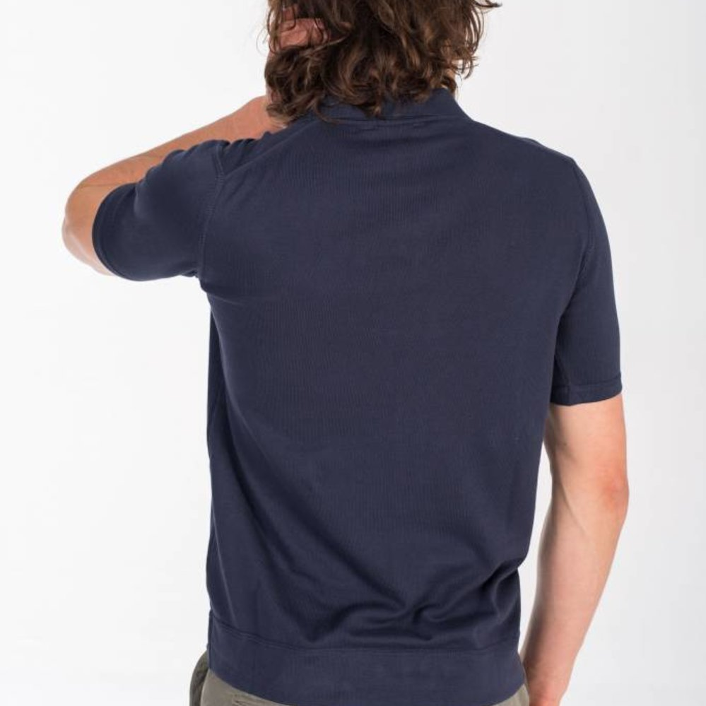 Refined polo short sleeves