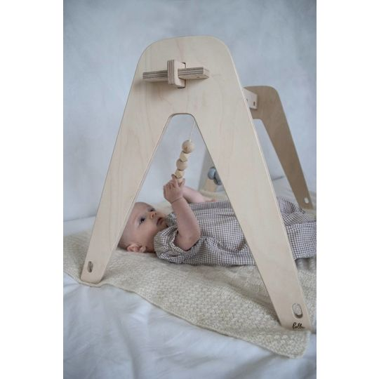loullou wooden baby teething string