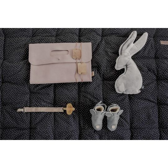mies & co pacifier clip suede soft pink