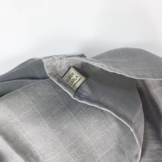 super carla swaddle grey