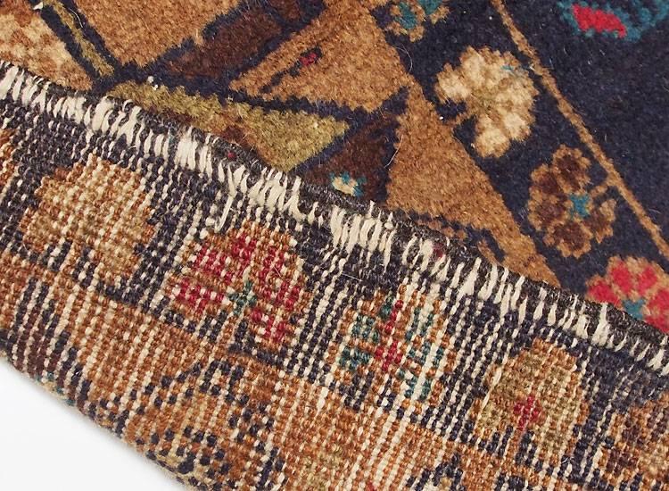 212 x 116 cm original  Kriegsteppich aus Afghanistan – handgeknüpft. Nr.13