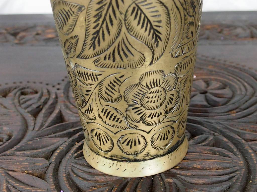 antike Messing Blumenvase Becher Nr:16/C