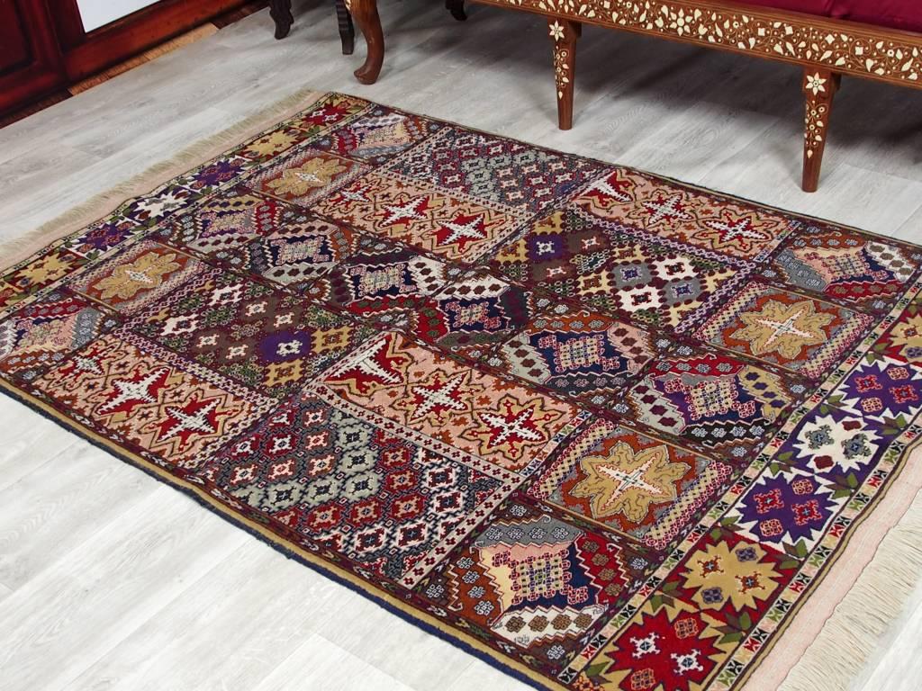 Bukhara  173x119 cm Zabiullah Seiden Teppich aus Afghanistan Nr:47