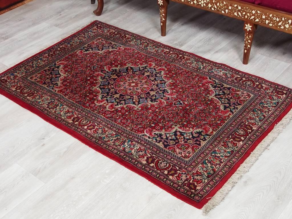 Bukhara  144x88 cm super-feine echt handgeknüpfte alter Persische Bidjar Orientteppich 50