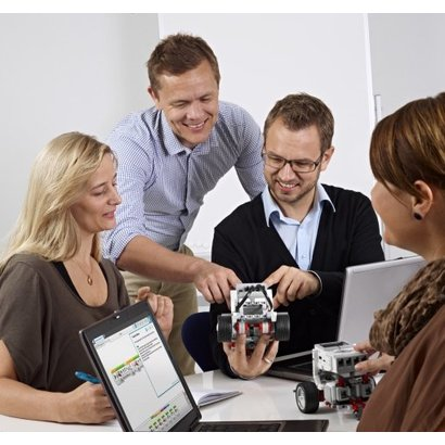 Docent Training Innovation Studio