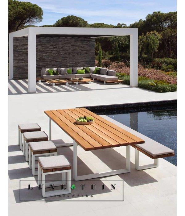 Design zitkrukken voor uw terras royal botania vigor luxe tuin inrichting - Terras teak zwembad ...
