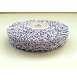 Papermania 5m selbstklebende Häkelborte Lavendel