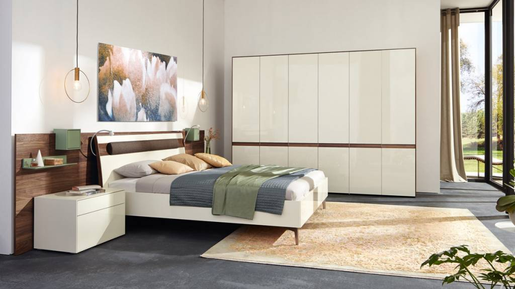 h lsta lunis schlafzimmer 4 t rig in lack weiss und. Black Bedroom Furniture Sets. Home Design Ideas